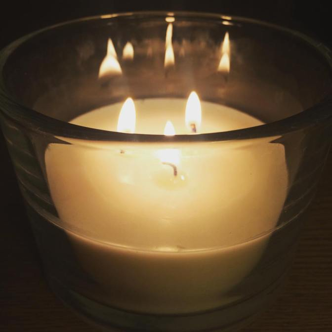 3-wick homemade soya wax candle with 100% Rose Geranium essential oil